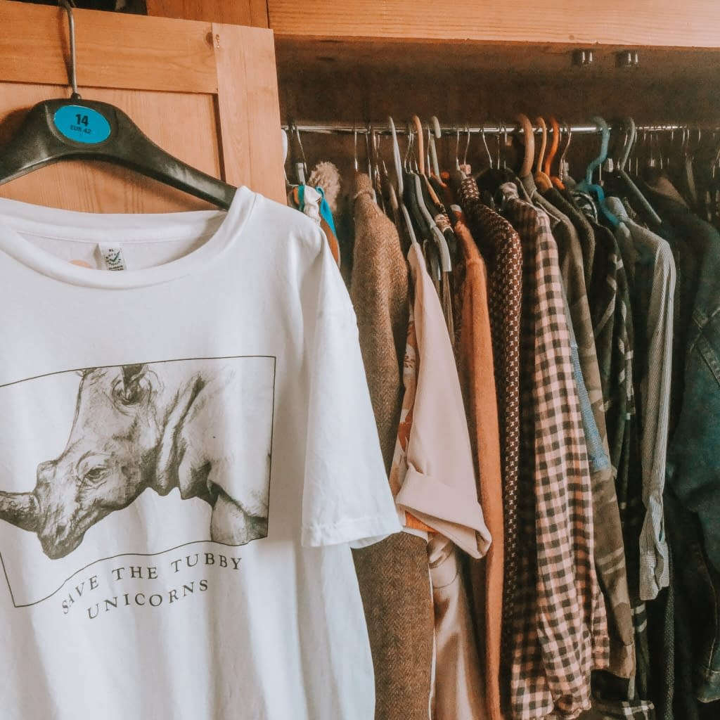 How to build a sustainable wardrobe | Colour Scheming |Pigments by Liv