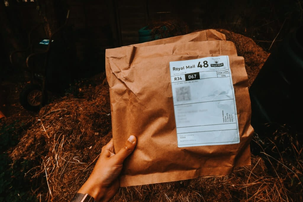 Decomposable packaging | 8 SIMPLE WAYS TO USE LESS SINGLE-USE PLASTIC FOR PLASTIC FREE JULY