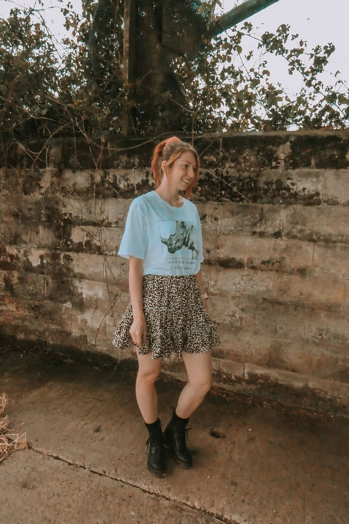 Graphic tee and boho skirt | How to Wear a Graphic Tee